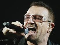 <p>Lead singer Bono of the rock band U2 performs during the first of two concerts at Giants Stadium in East Rutherford, New Jersey, September 23, 2009. REUTERS/Gary Hershorn</p>