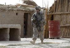 <p>Un soldato americano durante un'operazione in Iraq. REUTERS/Atef Hassan</p>
