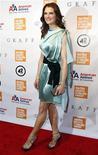 <p>Актриса Брук Шилдс прибывает на церемонию награждения Chaplin Award Gala в Нью-Йорке 24 мая 2010 года. 31 мая 1965 года родилась американская актриса Брук Шилдс. REUTERS/Jessica Rinaldi</p>