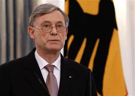 Der zurückgetretene Bundespräsident Horst Köhler während einer Pressekonferenz im Schloss Bellevue in Berlin am 31. Mai 2010. REUTERS/Fabrizio Bensch