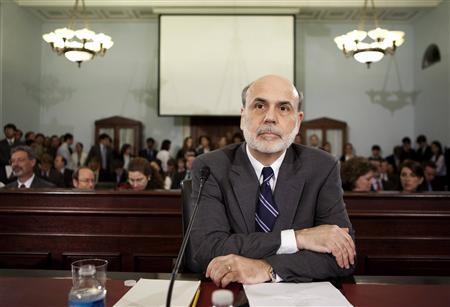 Federal Reserve Chairman Ben Bernanke prepares to testify to the House Budget Committee on Capitol Hill in Washington June 9, 2010. REUTERS/Joshua Roberts