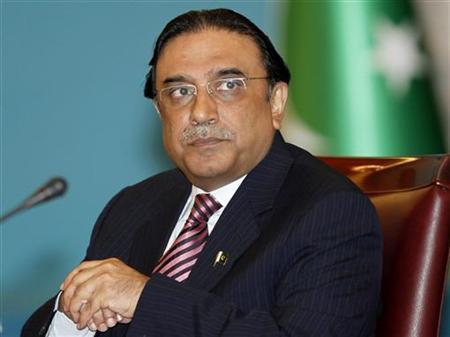 Pakistan's President Asif Ali Zardari attends the Turkey-Afghanistan-Pakistan IV. Trilateral Summit Meeting in Istanbul, January 25, 2010. REUTERS/Osman Orsal