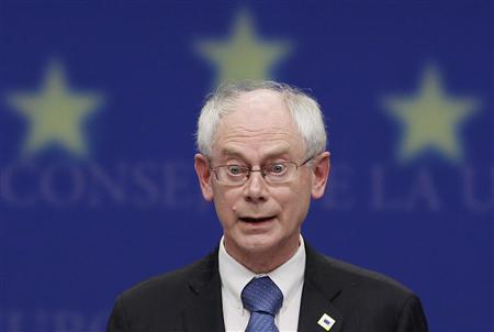 European Council President Herman Van Rompuy answers questions during the final news conference of a European Union heads of state summit in Brussels, June 17, 2010. REUTERS/Thierry Roge