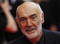 """<p>El actor Sean Connery a su llegada al Festival de Cine de Edimburgo, jun 16 2010. A punto de cumplir 80 años, el actor escocés Sean Connery recordó uno de sus papeles favoritos como un ex soldado renegado del Ejército británico en una gala de la película de 1975 """"The Man Who Would be King"""", proyectada en el Festival Internacional de Cine de Edimburgo. REUTERS/David Moir</p>"""