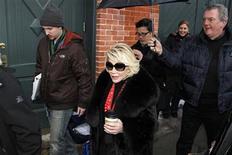 <p>Imagen de archivo de la comediante Joan Rivers, durante el Festival de Cine Sundance en Park City, Utah. Ene 26 2010. El ex representante de Joan Rivers demandó a la popular comediante por más de dos millones de dólares, sosteniendo que ella no le pagó comisiones y lo difamó en un reciente documental sobre su vida y carrera. REUTERS/Lucas Jackson /ARCHIVO</p>