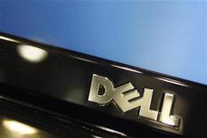 <p>Foto de archivo del logo de un ordenador de la compañía Dell en Phoenix, EEUU, feb 18 2010. Dell, el fabricante estadounidense de computadoras, dijo el jueves que se está enfocando en mejorar su rentabilidad y diversificar su negocio, aunque los inversionistas mostraron dudas sobre la eficacia de los planes de la empresa para reestructurarse. REUTERS/Joshua Lott</p>