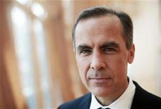 <p>Bank of Canada Governor Mark Carney poses for a portrait in Toronto June 23, 2010. REUTERS/Mark Blinch</p>