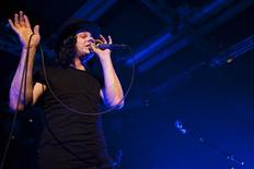 <p>Jack White from rock band The Dead Weather performs onstage during the 44th Montreux Jazz Festival in Montreux July 3, 2010. REUTERS/Valentin Flauraud</p>