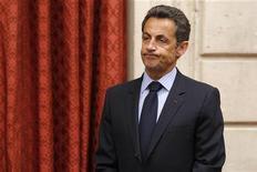 <p>Президент Франции Николя Саркози на встрече в Париже, 3 мая 2010 года. Штаб президента Франции Николя Саркози опроверг во вторник сообщения СМИ о том, что глава государства получал денежные пожертвования от богатейшей женщины Франции Лилиан Бетанкур, основного акционера косметической компании L'Oreal, и ее покойного мужа. REUTERS/Benoit Tessier</p>