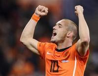 <p>Wesley Sneijder da seleção holandesa depois de vitória contra o Uruguai nas semifinais da Copa do Mundo. Sneijder está perto de conquistar todos os campeonatos que disputou nesta temporada após a vitória na terça-feira. 06/07/2010 REUTERS/Dylan Martinez</p>