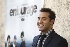 "<p>Cast member Jeremy Piven poses at the premiere for the 7th season of the television series ""Entourage"" in Los Angeles June 16, 2010. The new season premieres on HBO on June 27. REUTERS/Mario Anzuoni</p>"