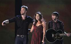 <p>Charles Kelley, Hillary Scott and Dave Haywood (L-R) of Lady Antebellum perform at the 45th annual Academy of Country Music Awards in Las Vegas, Nevada April 18, 2010. REUTERS/Robert Galbraith</p>