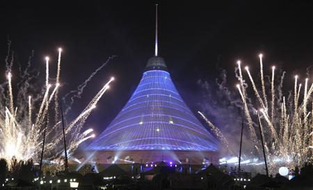 Khan Shatyr, billed as the world's biggest tent and built by Turkish hotelier and construction magnate Fettah Tamince and his partners, is seen after its opening in Astana July 6, 2010. REUTERS/Mukhtar Kholdorbekov