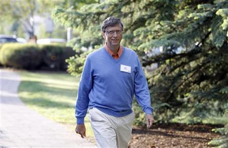 Microsoft Chairman Bill Gates arrives at the Sun Valley Inn in Sun Valley, Idaho July 9, 2010. REUTERS/Mario Anzuoni