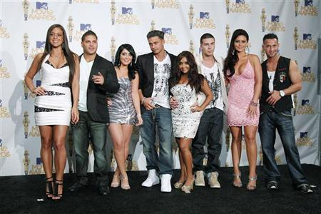 The cast of ''Jersey Shore'' pose together at the 2010 MTV Movie Awards in Los Angeles, June 6, 2010. REUTERS/Danny Moloshok