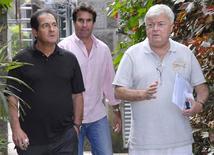 <p>Técnico do Fluminense, Muricy Ramalho, e o presidente da CBF, Ricardo Teixeira, após reunião no Itanhanga Golf Club, no Rio de Janeiro. 23/07/2010 REUTERS/Gillette Golf Cup/Zeca Resendes/Divulgação</p>