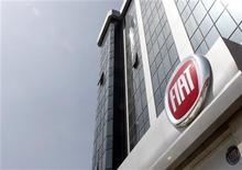 <p>A view of a new Fiat new dealership during its opening in Istanbul, May 6, 2010. REUTERS/Osman Orsal</p>