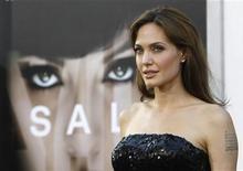 """<p>Angelina Jolie durante lançamento do filme """"Salt"""" em Hollywood. O filme estreia neste final de semana em circuito nacional. 19/07/2010 REUTERS/Mario Anzuoni</p>"""