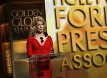 <p>Entertainment journalist Mary Hart announces winners at the 65th annual Golden Globe Awards news conference at the Beverly Hilton hotel in Beverly Hills, California January 13, 2008. REUTERS/Mario Anzuoni</p>