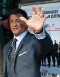 """<p>Sylvester Stallone desbancou Julia Roberts no ranking das bilheterias dos cinemas na América do Norte e conquistou a melhor estreia de sua carreira com o lançamento """"Os Mercenários"""", que teve cenas gravadas no Brasil. REUTERS/Thomas Peter</p>"""