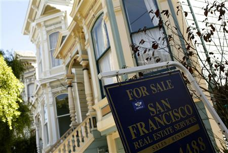 A home is shown for sale in the Haight Ashbury neighborhood in San Francisco, August 24, 2010. REUTERS/Robert Galbraith