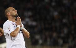 <p>Wesley Sneijder, da Inter de Milão, reage em partida contra o Bologna no estádio Renato Dall'Ara, em Bologna, 30 de agosto de 2010. REUTERS/Stefano Rellandini</p>