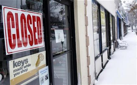 A store is seen closed along Main Street in Port Washington, New York, February 26, 2010. REUTERS/Shannon Stapleton