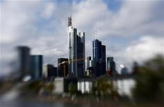 <p>The skyline of Frankfurt with its bank towers is seen under clouds September 26, 2010. Picture is taken with a tilt and shift lense. REUTERS/Kai Pfaffenbach</p>