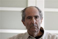 <p>Autor Philip Roth em Nova York em setembro. O escritor norte-americanonão gosta de e-books e das influências da tecnologia moderna que desviam a atenção das pessoas. 15/09/2010 REUTERS/Eric Thayer</p>