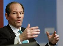 <p>Former New York governor Eliot Spitzer speaks at the Reuters Global Financial Regulation Summit 2010 in New York April 28, 2010. REUTERS/Brendan McDermid</p>