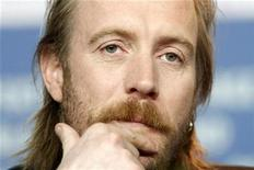 """<p>Actor Rhys Ifans addresses a news conference to promote the movie """"Greenberg"""" at the 60th Berlinale International Film Festival in Berlin, February 14, 2010. REUTERS/Tobias Schwarz</p>"""