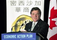 <p>Canada's Federal Minister of Finance, Jim Flaherty, speaks to the Chinese Business Association as he gives an update on the Canadian government's economic and fiscal projections, in Mississauga Ontario October 12, 2010. REUTERS/Fred Thornhill</p>