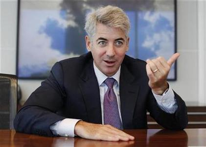 Hedge fund manager William Ackman of Pershing Square Capital Management smiles during an interview in New York September 27, 2010. REUTERS/Shannon Stapleton
