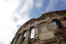 <p>A view of the exteriors of Rome's ancient Colosseum October 14, 2010. REUTERS/Alessandro Bianchi</p>