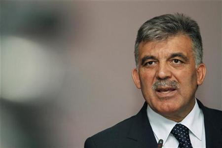 Der türkische Präsident Abdullah Gül während einer Pressekonferenz in Sarajevo am 2. September 2010. REUTERS/Dado Ruvic