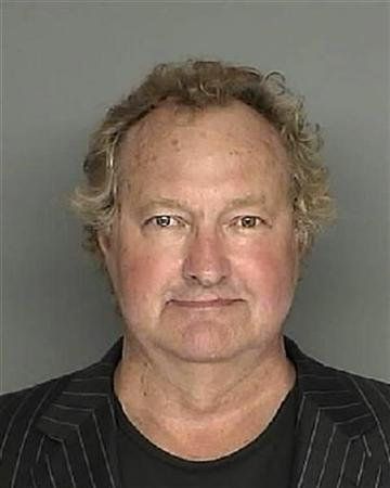 Actor Randy Quaid is shown in this Santa Barbara County Sheriff booking mug shot released to Reuters April 27, 2010.REUTERS/Santa Barbara County Sheriffs Office/Handout