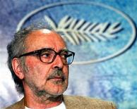 <p>Imagen de archivo del director de cine franco-suizo Jean-Luc Godard, durante una conferencia en Cannes. May 18 2004 El director de cine franco-suizo Jean-Luc Godard no acudirá a una cena de gala en Hollywood el próximo mes donde se le otorgará un Oscar honorífico, dijo el lunes la Academia de Artes y Ciencias Cinematográficas. REUTERS/Vincent Kessler JES/JV/ARCHIVO</p>