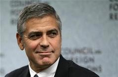 """<p>Foto de archivo del actor George Clooney durante un evento en Washington, oct 12 2010. Clooney consiguió financiamiento independiente para """"The Ides of March"""", un drama político que dirigirá y coprotagonizará junto a Ryan Gosling, Paul Giamatti, Marisa Tomei y Evan Rachel Wood. REUTERS/Molly Riley</p>"""