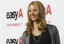 "<p>Cast member Lisa Kudrow poses at the premiere of ""Easy A"" at the Grauman's Chinese theatre in Hollywood, California September 13, 2010. REUTERS/Mario Anzuoni</p>"