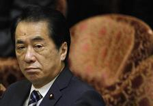 <p>Премьер-министр Японии Наото Кан на совещании по бюджету в нижней палате японского парламента в Токио 1 ноября 2010 года. Япония объявила во вторник о временном отзыве посла из Москвы на фоне спора о принадлежности Южных Курил, которые президент России Дмитрий Медведев посетил на днях, вызвав предсказуемый гнев Токио. Однако Медведев и японский премьер Наото Кан, скорее всего, пообщаются на саммите АТЭС в Иокогаме в середине ноября. REUTERS/Toru Hanai</p>