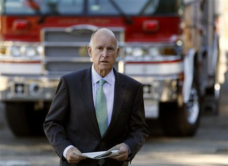 California Democratic gubernatorial Jerry Brown arrives to cast his vote at a fire station in his neighborhood on election day in Oakland, November 2, 2010. REUTERS/Robert Galbraith