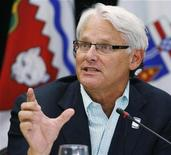 <p>British Columbia Premier Gordon Campbell answers a question during the final news conference at the Council of Federation meeting in Regina in this August 7, 2009 file photo. REUTERS/Todd Korol</p>