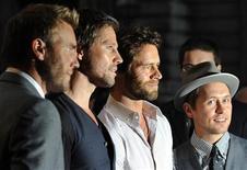 """<p>Группа Take That на церемонии вручения премии Men of the Year Awards журнала GQ в Лондоне 8 сентября 2009 года. Новый альбом группы Take That """"Progress"""", выпущенный в понедельник, стал самым быстропродаваемым альбомом 21 века в Британии, сообщает Official Charts Company. REUTERS/Toby Melville</p>"""