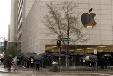 <p>Imagen de archivo de una tienda de Apple en Chicago. Abr 3 2010 The Beatles llegaron a iTunes. REUTERS/Frank Polich/ARCHIVO</p>