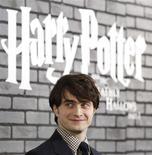 "<p>Ator Daniel Radcliffe posa na première de ""Harry Potter as Relíquias da Morte: Parte 1"" em Nova York. 15/11/2010 REUTERS/Shannon Stapleton</p>"