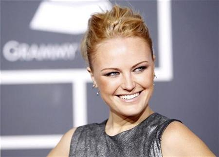 Actress Malin Akerman arrives at the 52nd annual Grammy Awards in Los Angeles January 31, 2010. REUTERS/Mario Anzuoni