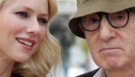 """<p>Noami Watts e o diretor Woody Allen no Festival de Cannes, promovendo o filme """"""""Você Vai Conhecer o Homem dos Seus Sonhos"""". 15/05/2010 REUTERS/Christian Hartmann/Arquivo</p>"""
