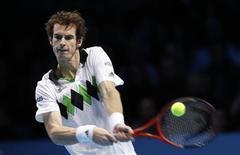 <p>Andy Murray durante jogo contra Rafael Nadal nas semifinais do ATP Finals. Murray vai terminar o ano como número quatro do mundo. 27/11/2010 REUTERS/Suzanne Plunkett/Arquivo</p>
