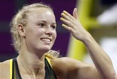 <p>Caroline Wozniacki após vitória contra Vera Zvonareva no WTA Tour em Doha. Wozniacki tornou-se nesta terça-feira a primeira tenista da Dinamarca a ser eleita a melhor do mundo pela Federação Internacional de Tênis (ITF). 30/10/2010 REUTERS/Fadi Al-Assaad/Arquivo</p>