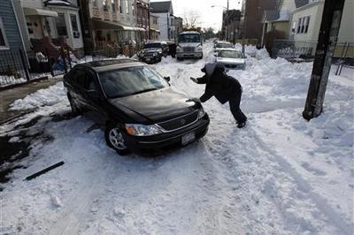 Mayor Bloomberg under fire for handling of blizzard